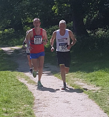 Murray Hogge running GBR leg 3