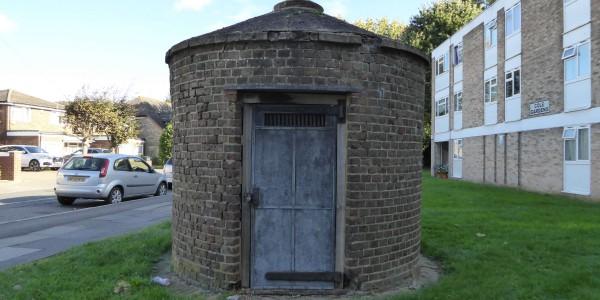 Cranford lock-up